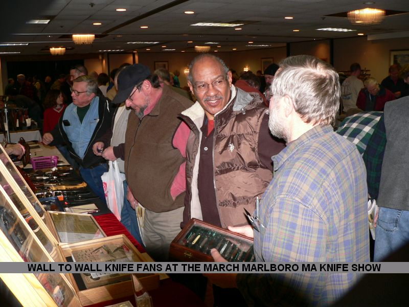 WALL TO WALL KNIFE FANS AT THE MARCH MARLBORO MA KNIFE SHOW