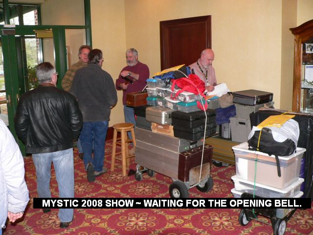 Mystic 2008 Show - Waiting for the opening bell.